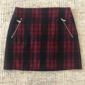 Gap Plaid Mini Skirt with Zipper Pockets.